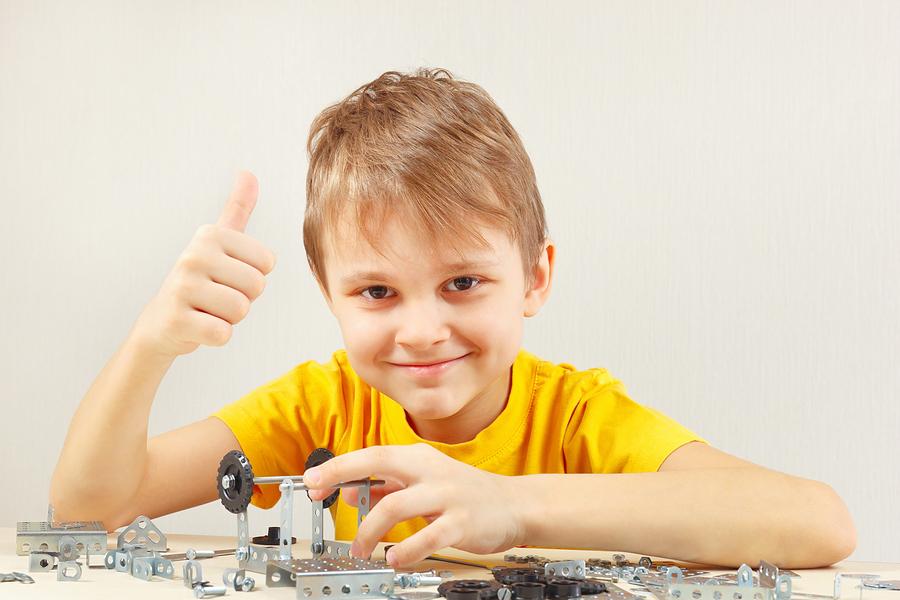 boy enjoying an engineering club